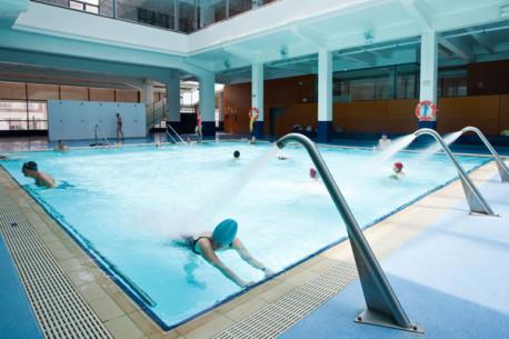 Reserva cursos nataci n centro deportivo supera r o tajo for Piscina municipal alicante